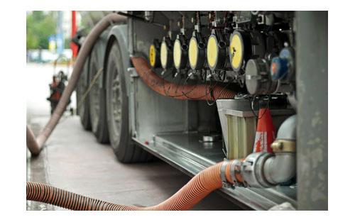 Szkolenie zobsługi urządzeń donapełniania iopróżniania zbiorników transportowych (cystern) - nalewaki